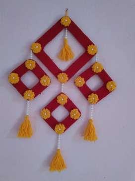Woolen Wall Hanging Craft