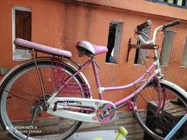 Sepeda cewe united