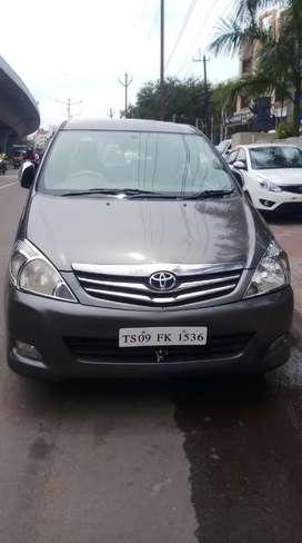 Toyota Innova 2.5 G (Diesel) 8 Seater BS IV, 2011, Diesel
