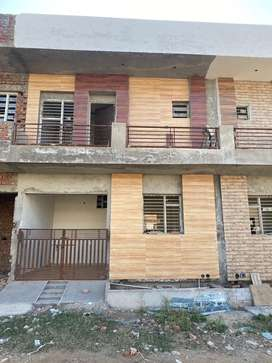 2bhk kothi ready to move sector 125