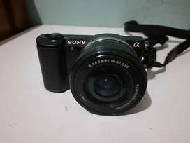 Dijual Kamera Mirrorless Sony Alpha 5000 kit 16-50mm