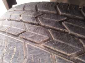 Car jk tyre good condition  2 tier available 165:80/14