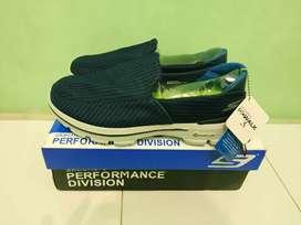 Sepatu Skechers Go Walk 3 ukuran 42