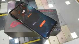 10 days old Asus ROG 2 8GB at just 30900 only
