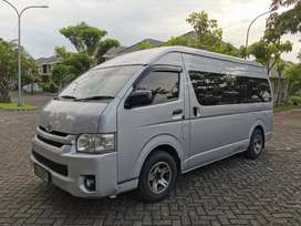 Sewa Mobil dan Hiace Surabaya Jawa Timur