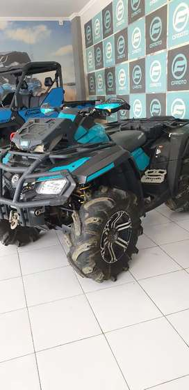 Can am outlander 4x4 800cc
