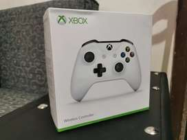 Xbox One S Controller (Sealed Pack)