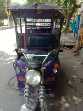 Electric rickshaw good condition