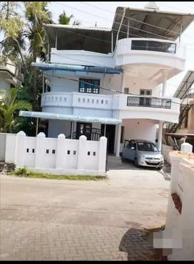 4 BHK Indipedent house for rent klamassery