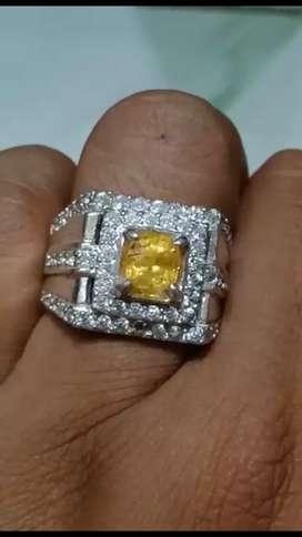 Natural yellow sapphire srilanka ring silver..