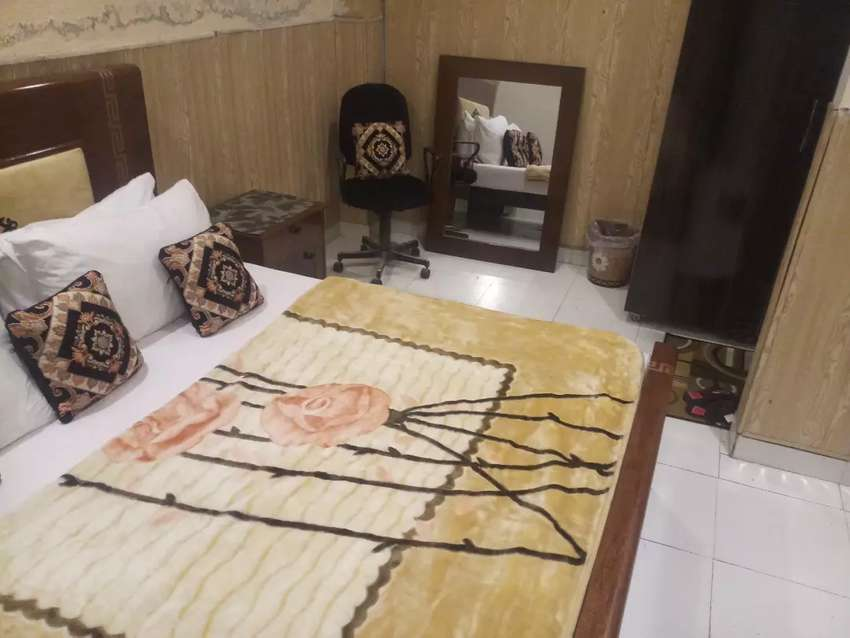 HOTEL  short stay 2000 & luxury  bed rooms Night 3000 &weekly 15000 0