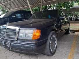 Mercedes Benz w124 300e tahun 1990 M/T