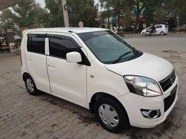Rent A Car  Serive In Lahore