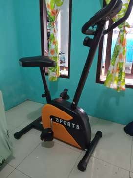 Sepeda fitnes Magnetik class unggulan by Central sport