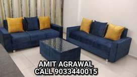 Royal looking beautiful looking sofa set