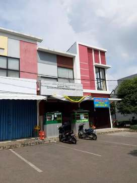Ruko 2 Lt,  Ruko Emporium. Hadap Jl.Raya Galuh Mas Karawang