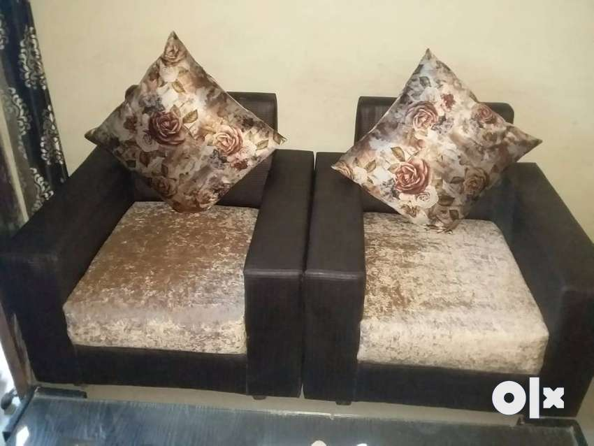 New sofa pair for sale 0