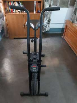 Exercise cycle (Lifeline brand)