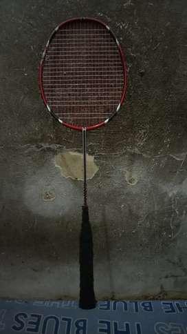 Raket badminton rs