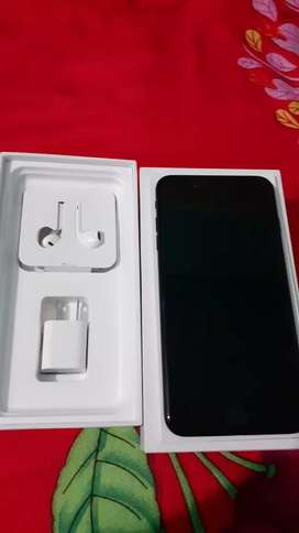 IPhone 7plus 128gb with 11 months waranty