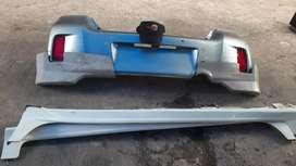 Bumper belakang bodykit smping dan belakng yaris 2013