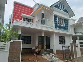 4 bhk 2300 sqft new build posh villa at aluva very close to choondy
