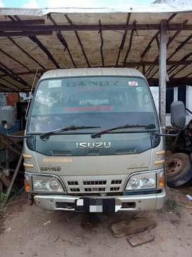 Microbus ELF NHR 55 tahun 2014