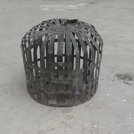 pet cage (पिंजरा)