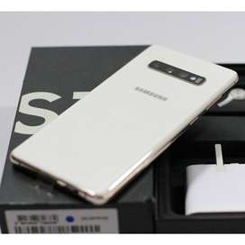 Samsung galaxy  s10  with warranty of one year with bill, and box