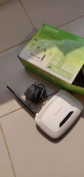 TP link router, almost new, very good condition
