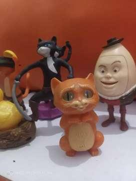 Kucing buat pajangan mainan