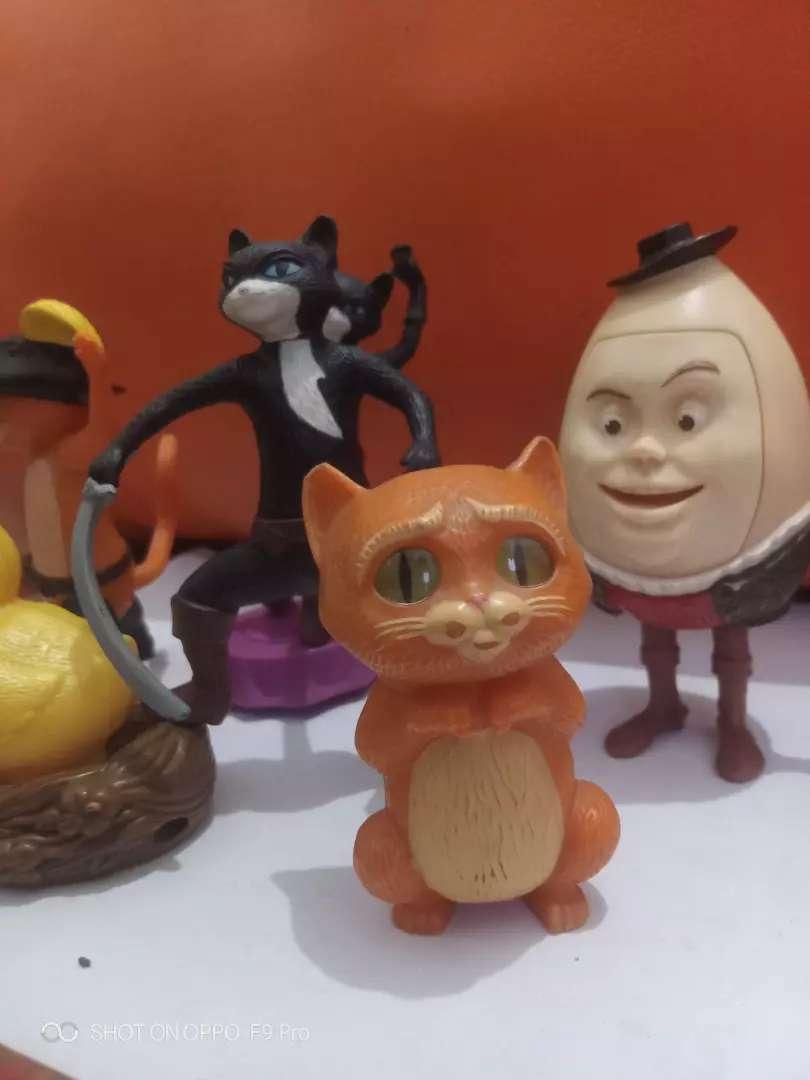 Kucing buat pajangan mainan 0
