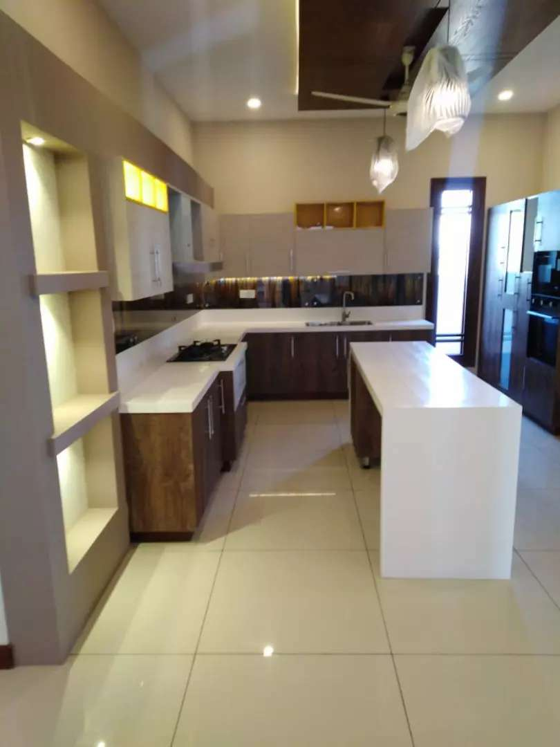 500 Yards Extraordinary Brand New Bungalow 0