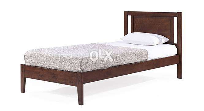 Single bed wooden in Lahore 0