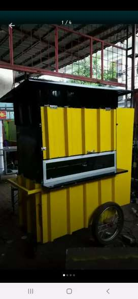 Gerobak model container