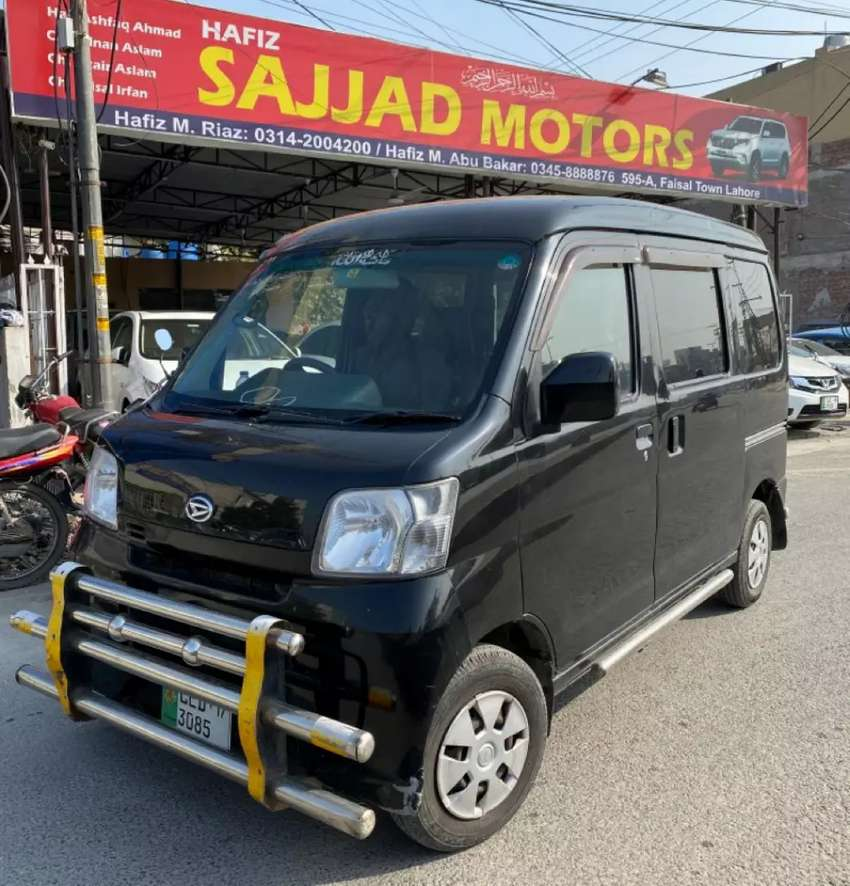 Daihatsu Hijet Cruise Model 2013 Black 0
