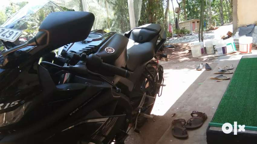 Yamaha R15 V3 Well maintained 0