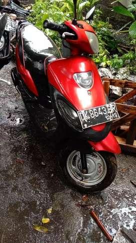 Sepeda motor merk kymco