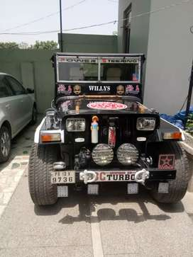 Black Willy modified jeep