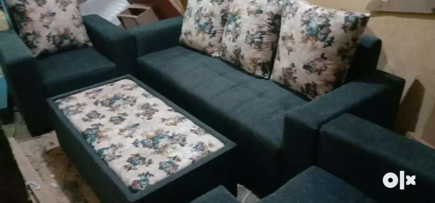 Delivery free:: brand new sofa