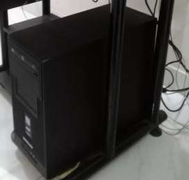 Games playing pc with 20 inch lcd