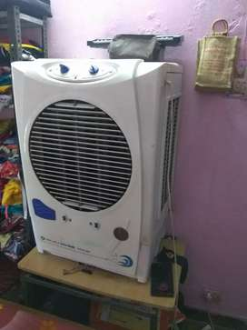 Bajaj cooler NEW DC 2004(03 years old)
