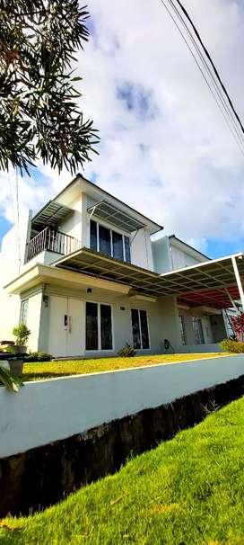 Rumah Mewah 2 Lantai Harga Terjangkau