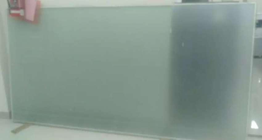 Kaca tebal 12mm 0
