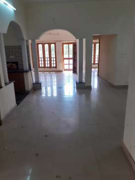 Without owner 3bhk kothi with servent room available indra nagar