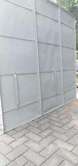 Pintu garasi / kios