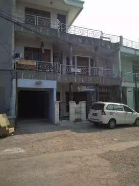 RUMAH & KOS 14 pintu di Jl. Tipar Cakung - Jakarta Timur