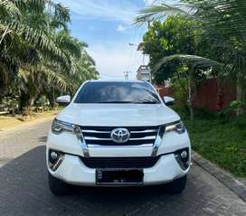 Toyota Fortuner 2.7 SRZ 2016 Bensin Putih