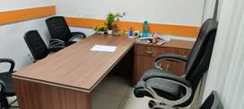 3 Cabin+25 Modular workstation 4 rent in Noida sector 63
