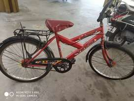 3yrs old cycles on sale.. Very rarely used